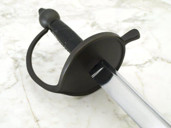 Merirosvokapteenin miekka
