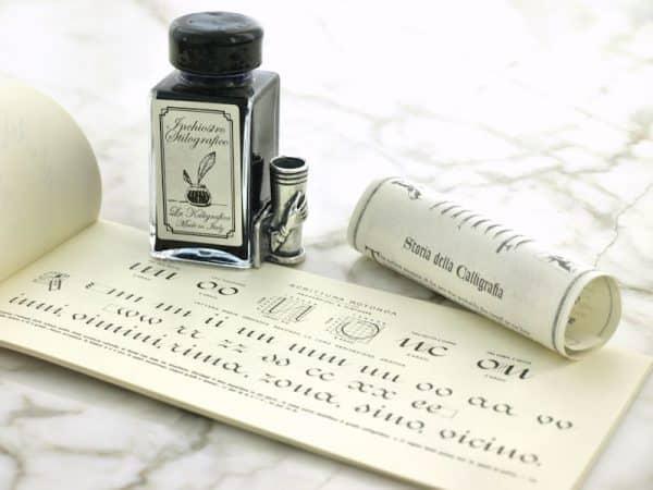 Sulkakynä-kalligrafia -setti