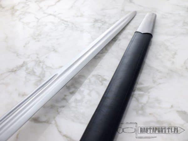 Eglintonin korikahvallinen miekka