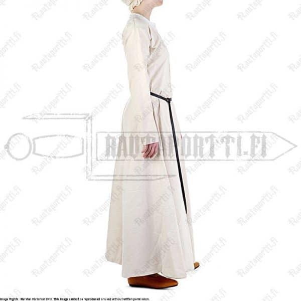 Luonnonvalkoinen varhaiskeskiajan mekko